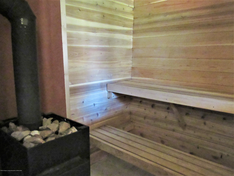 11772 Maryellen Dr - Sauna Room and Stove - 36