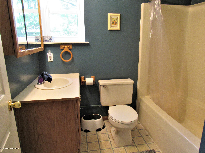 11772 Maryellen Dr - Apartment Bath - 51
