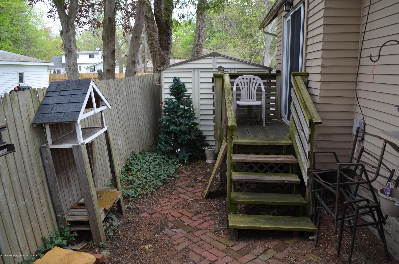 2296 Cedar St - Side View - 3