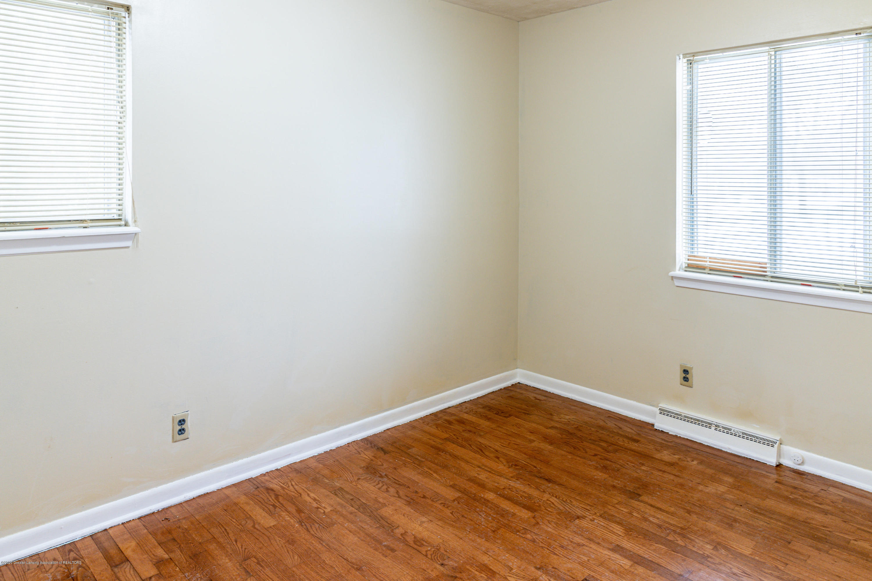 3513 S Deerfield Ave - bedroom3 - 10