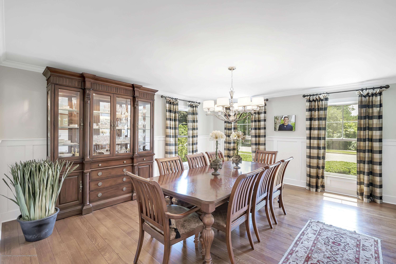 985 Tanglewood Ln - 985-Tanglewood-East-Lansing-windowstill- - 29