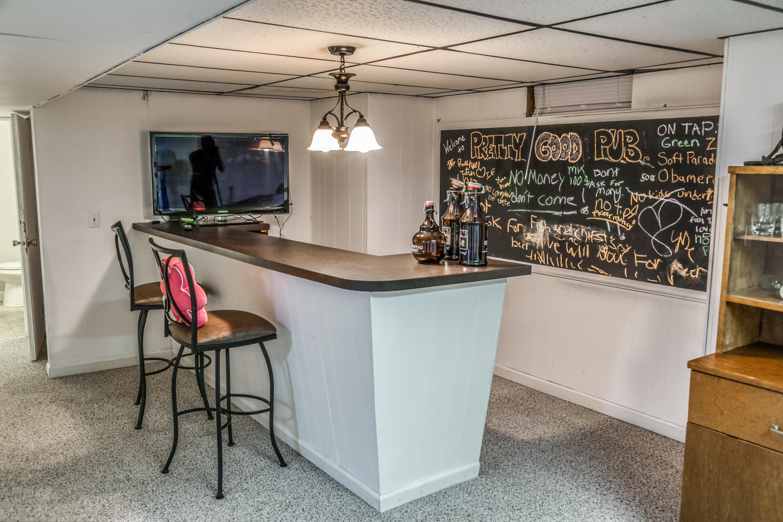 1681 Algoma Dr - Basement Bar Area - 34