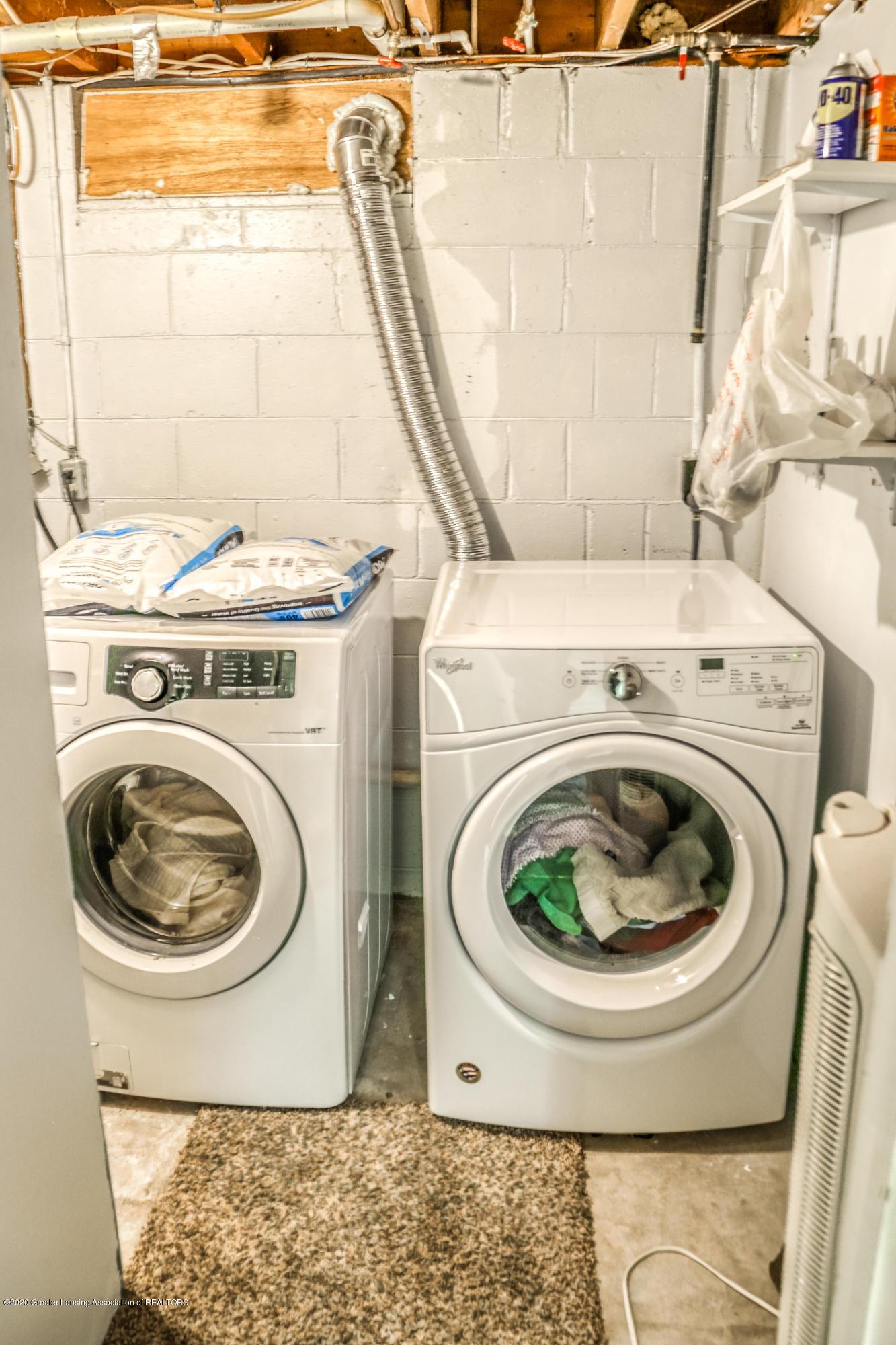 1681 Algoma Dr - Lower Level Laundry - 37