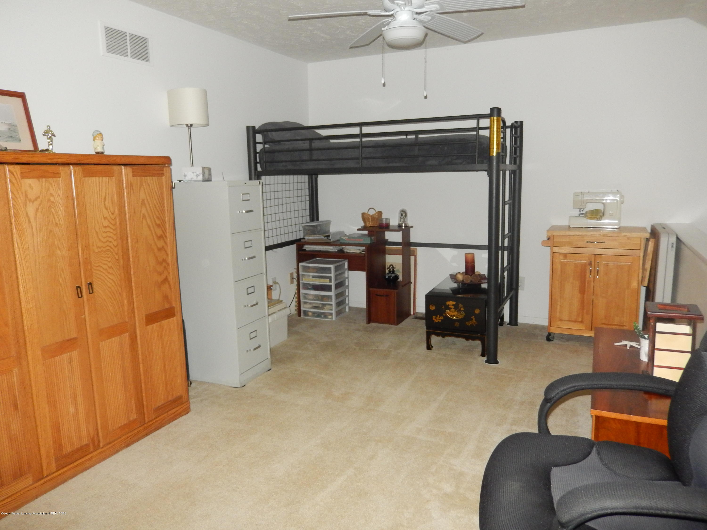 1242 Zimmer Pl 11 - Loft - 9