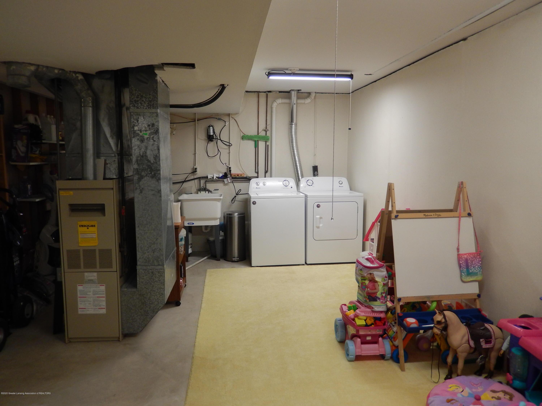 1242 Zimmer Pl 11 - Basement - 17