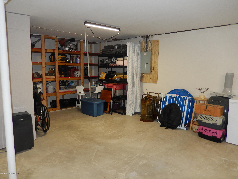 1242 Zimmer Pl 11 - Basement - 18