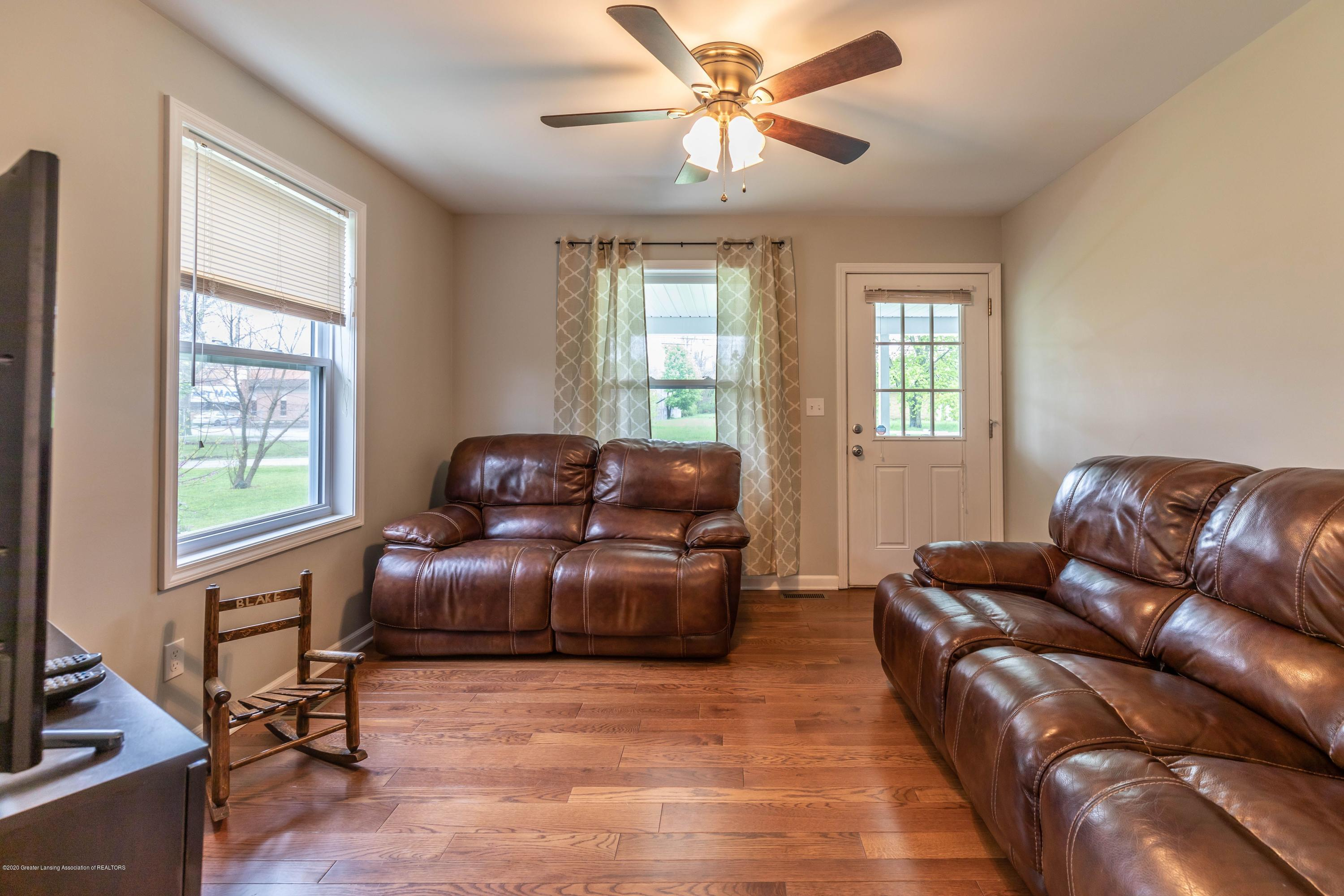 790 Woodworth Rd - Living room2 - 6