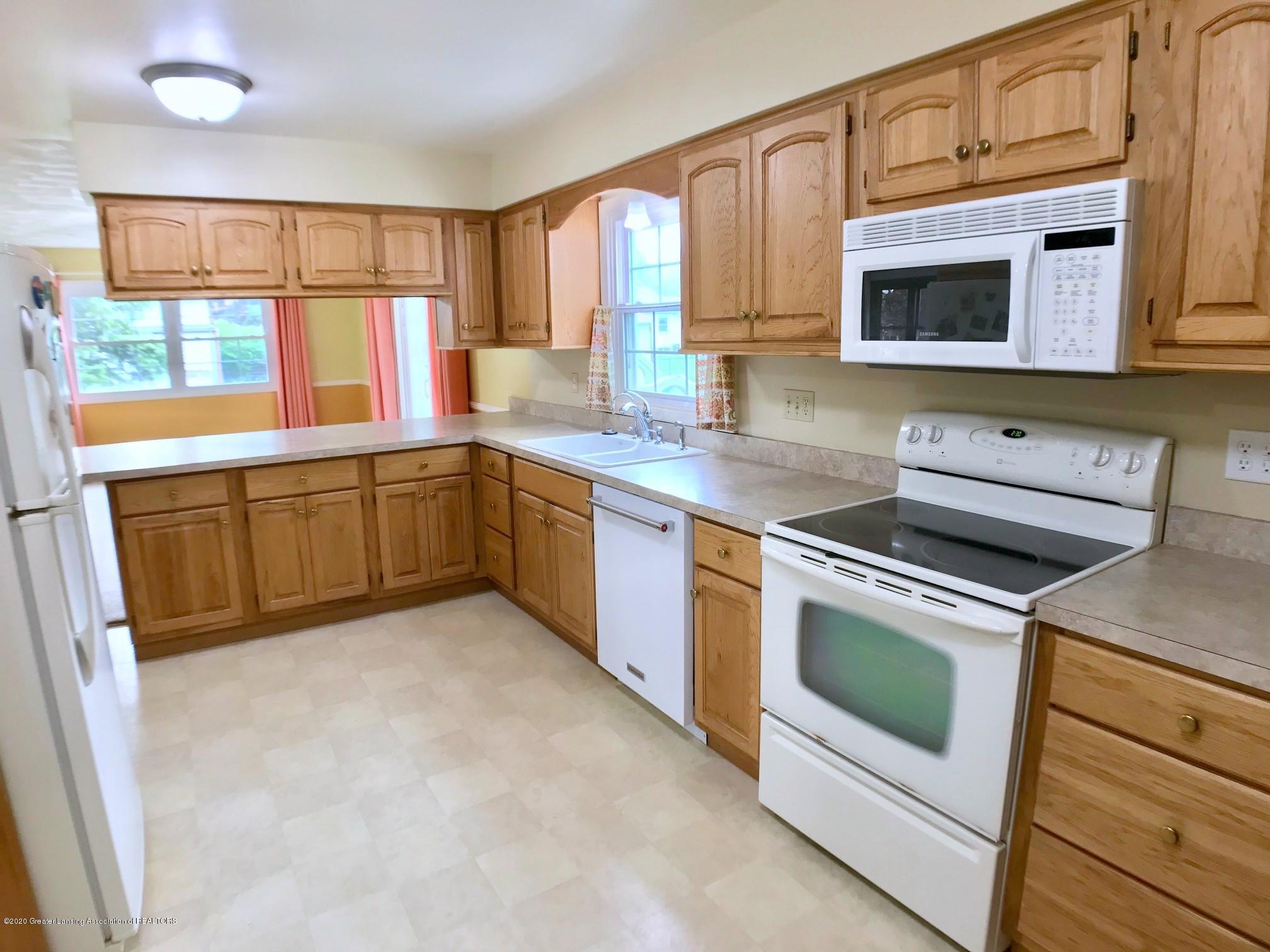 1118 Bretton Rd - Kitchen - 15
