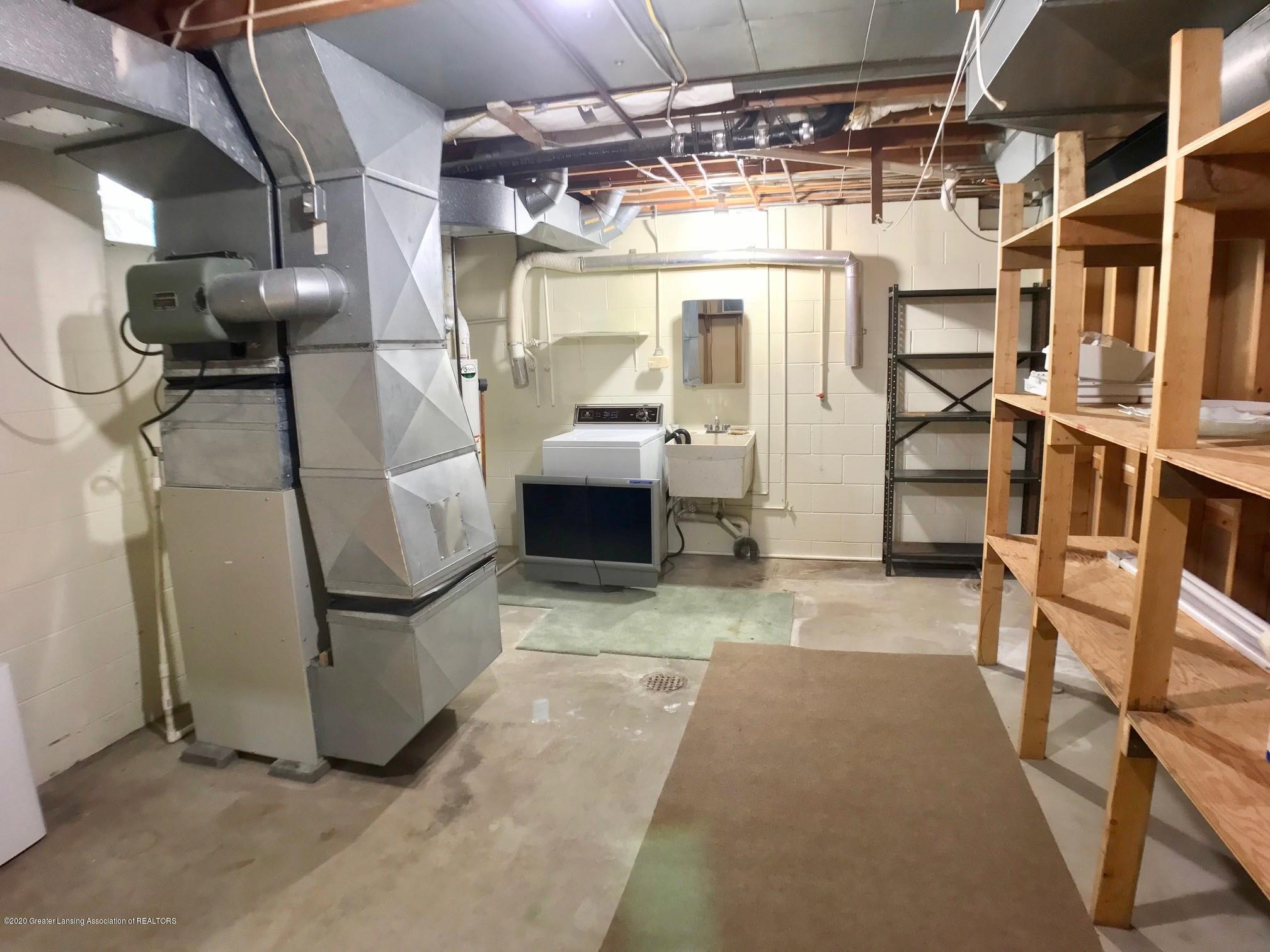 1118 Bretton Rd - basement laundry area - 35