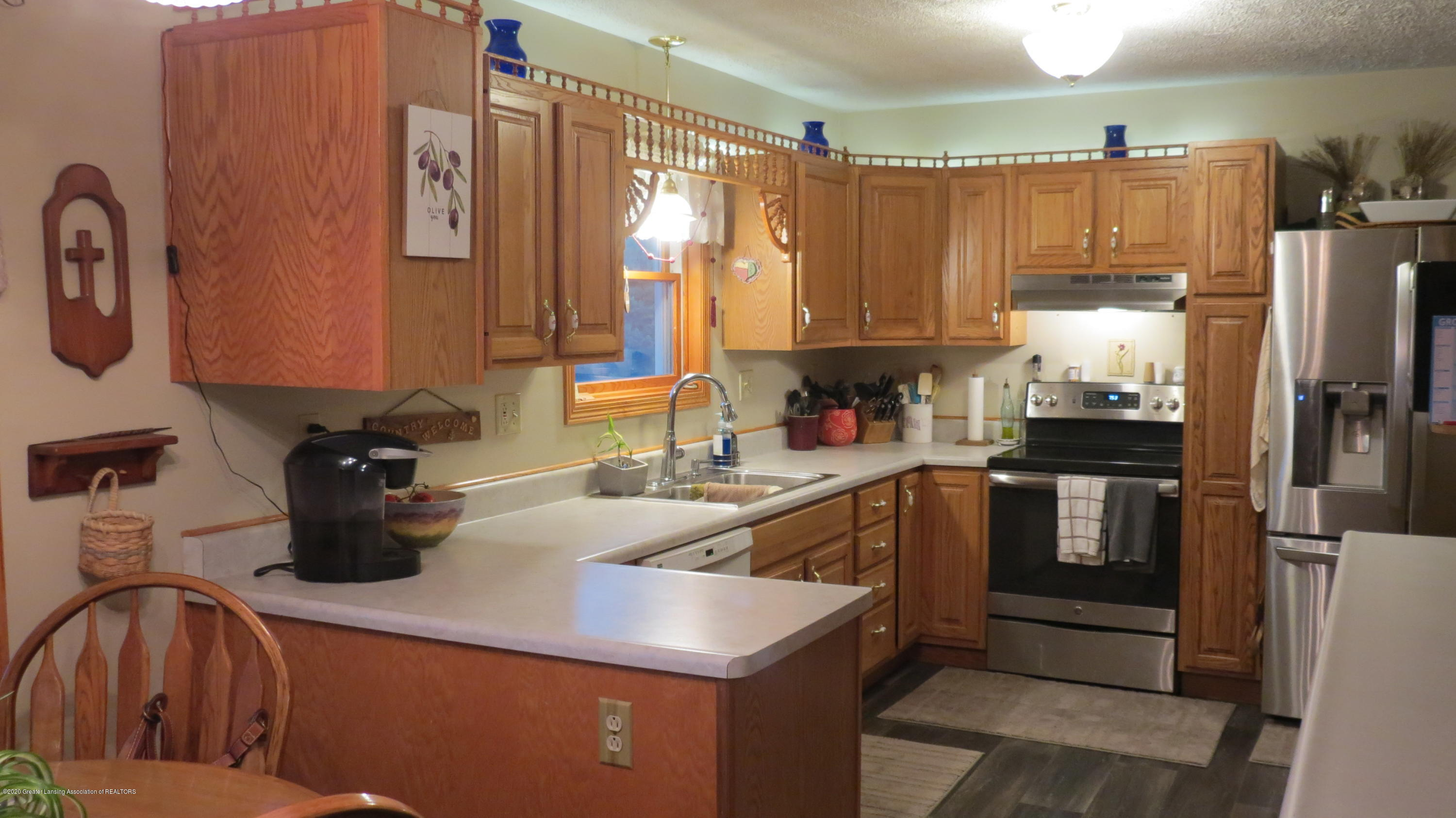 5177 Faragher Rd - Kitchen - 2
