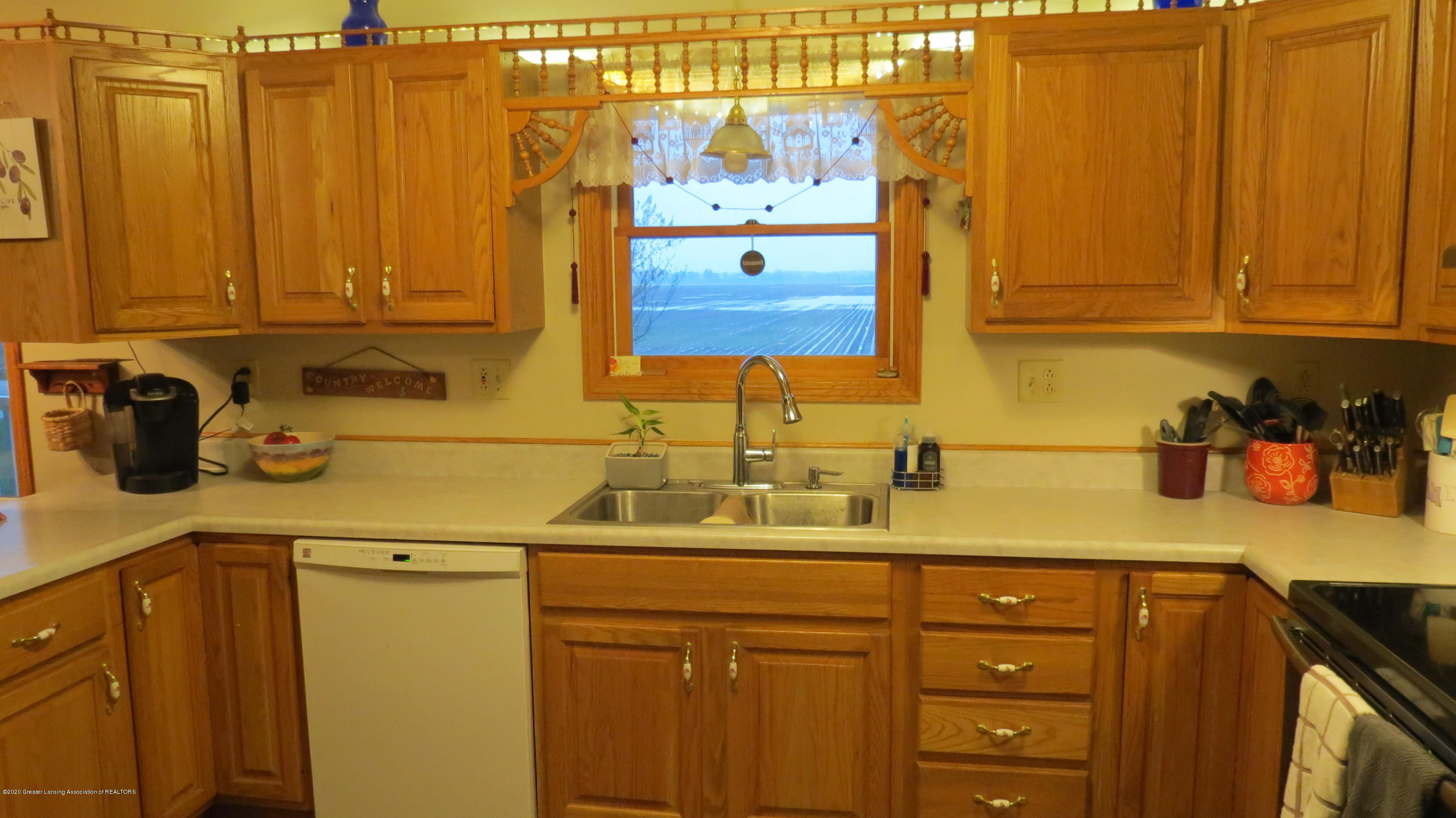 5177 Faragher Rd - Kitchen - 5