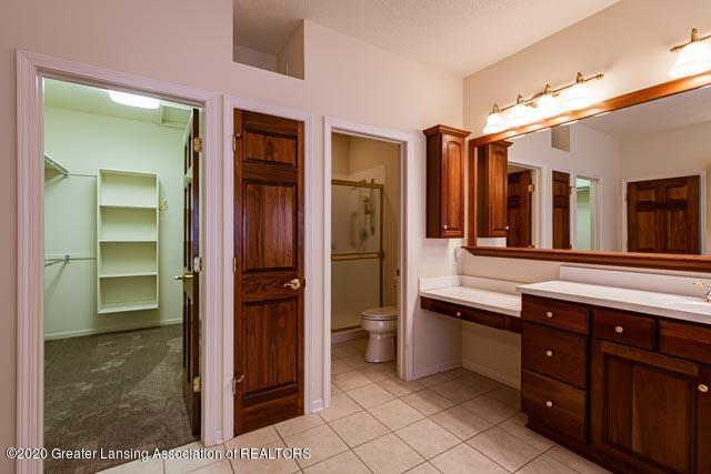 2530 Hummingbird Ln - Bathroom - 11