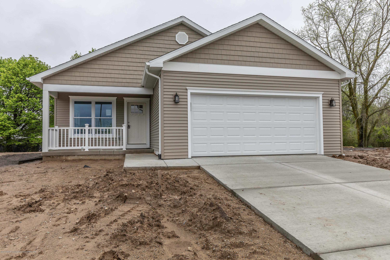 4201 Glenburne Blvd - glen4201front2 - 1