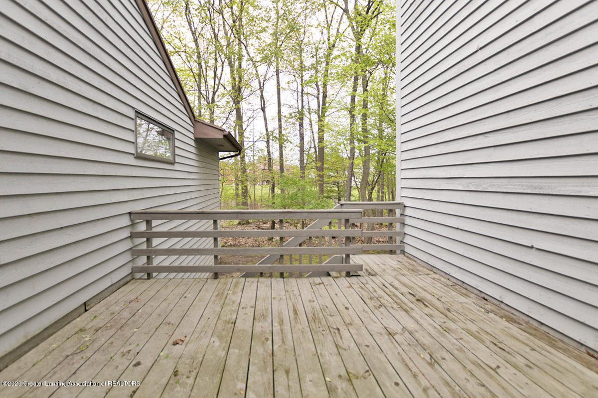 2366 Emerald Forest Cir - Back Deck off Den - 37