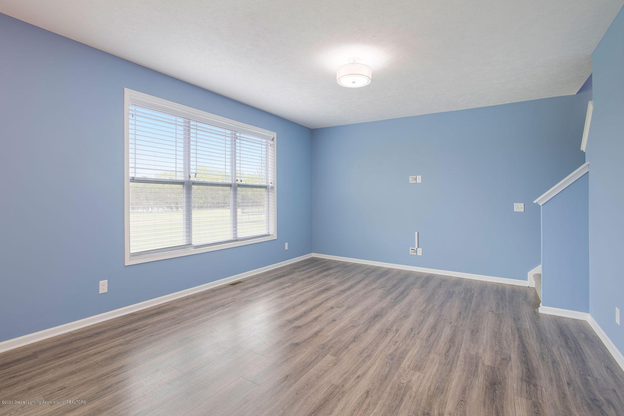 2818 Kittansett Dr - Living Room - 14