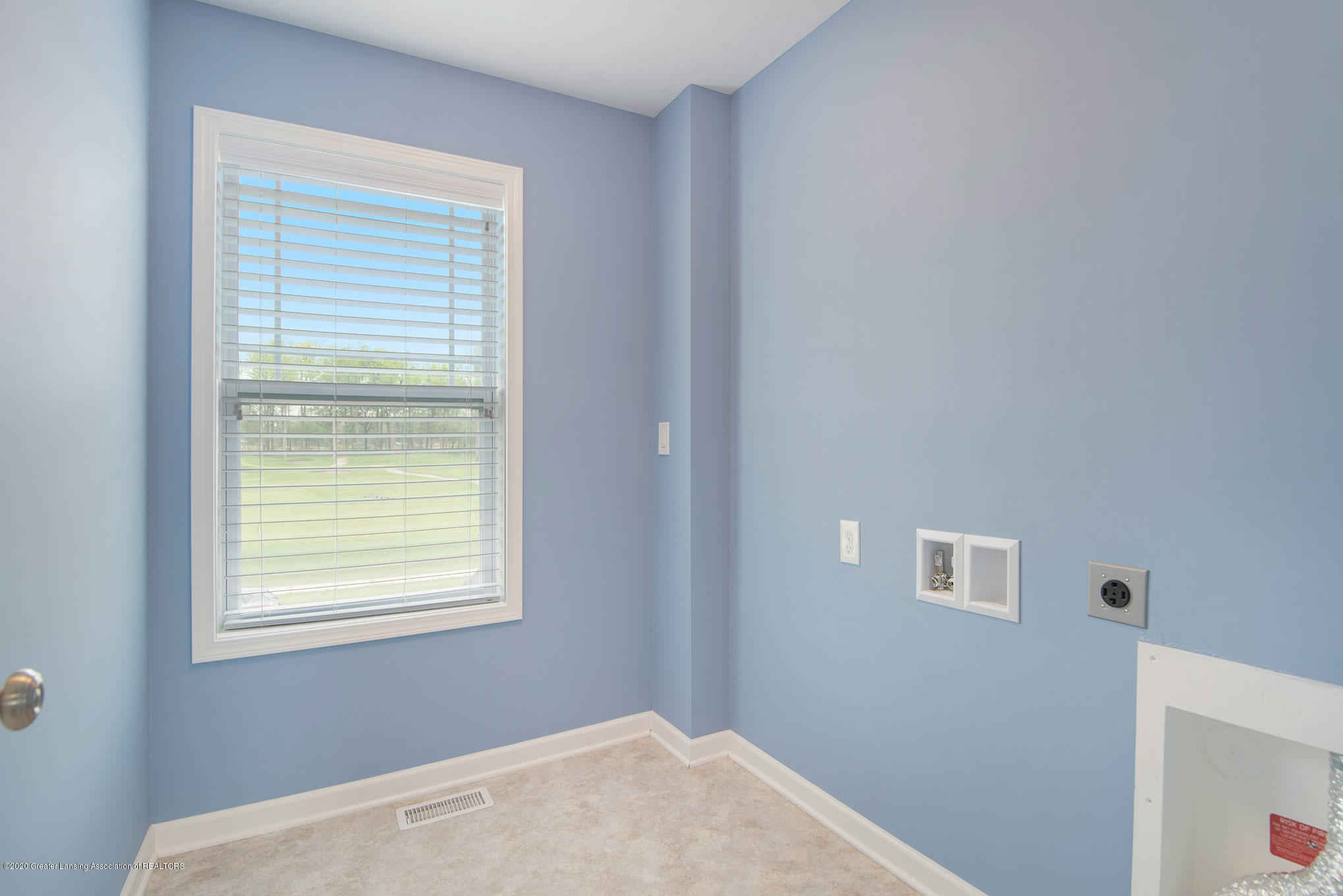 2818 Kittansett Dr - Laundry Room - 47