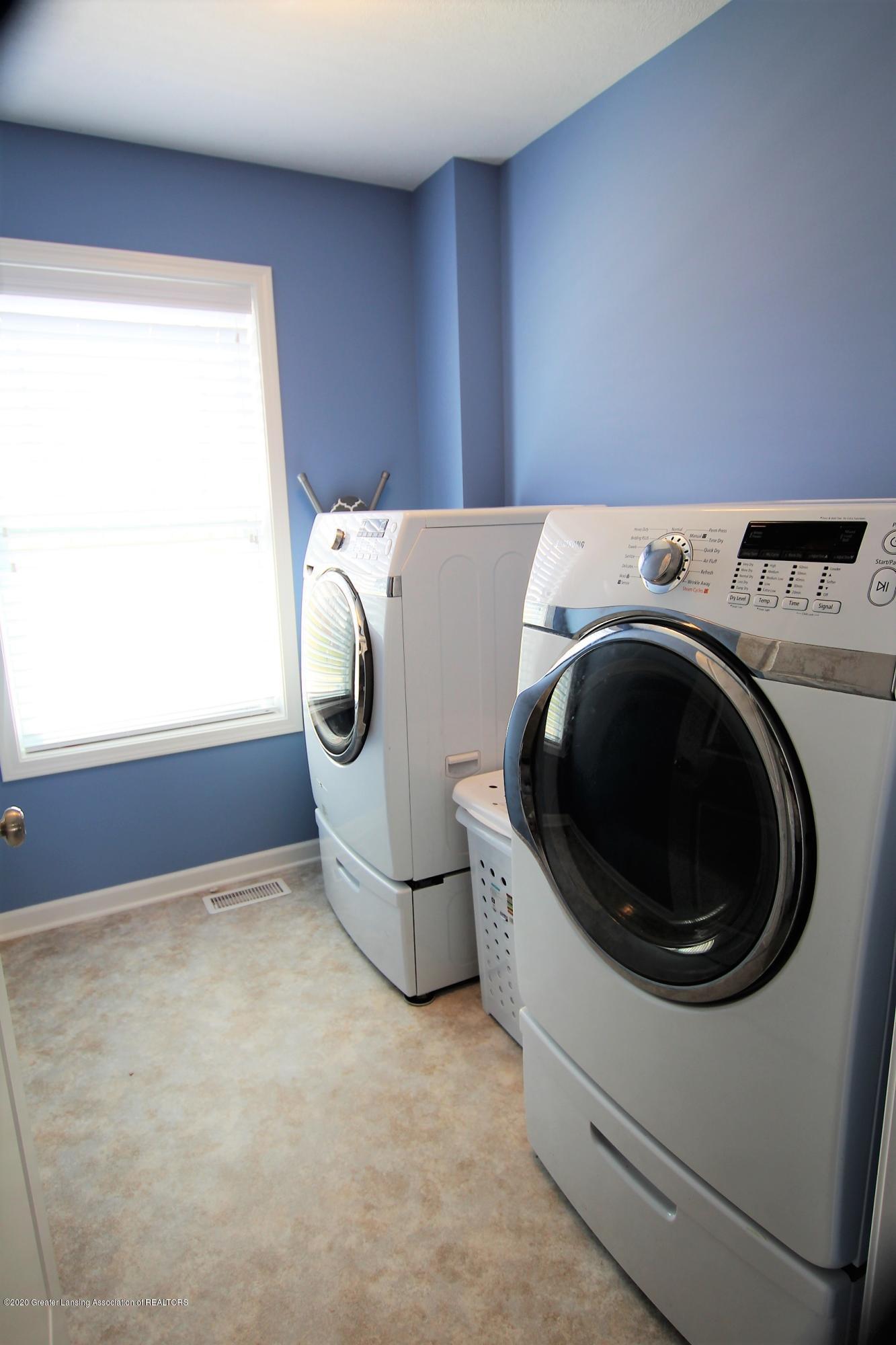 2818 Kittansett Dr - Laundry Room - 48