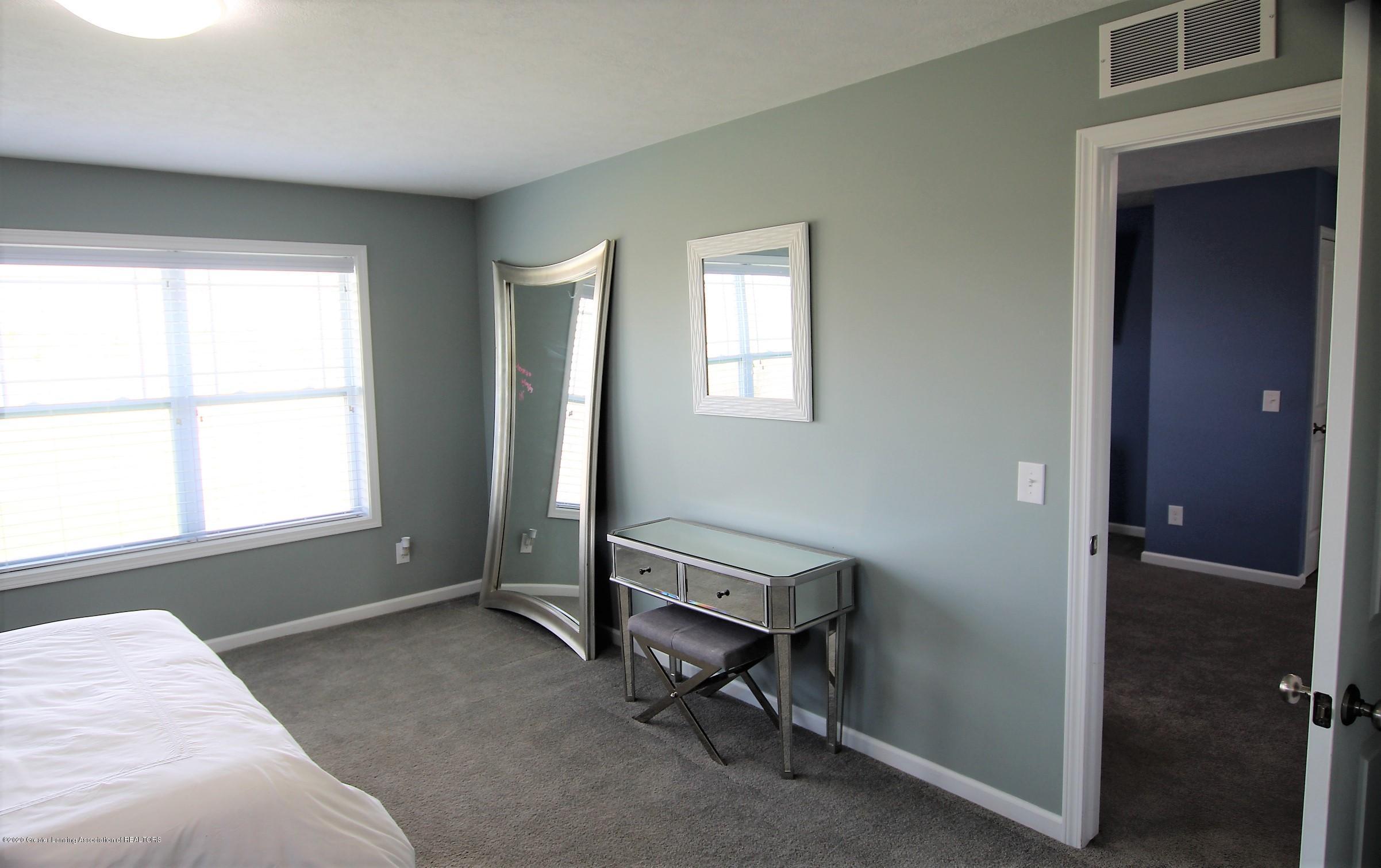 2818 Kittansett Dr - Master Bedroom - 36