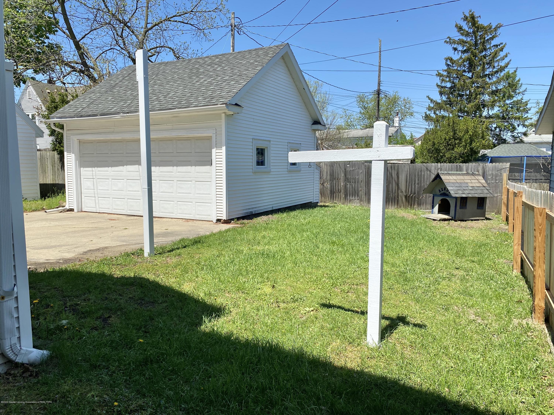 1313 Prospect St - Garage + Yard - 48