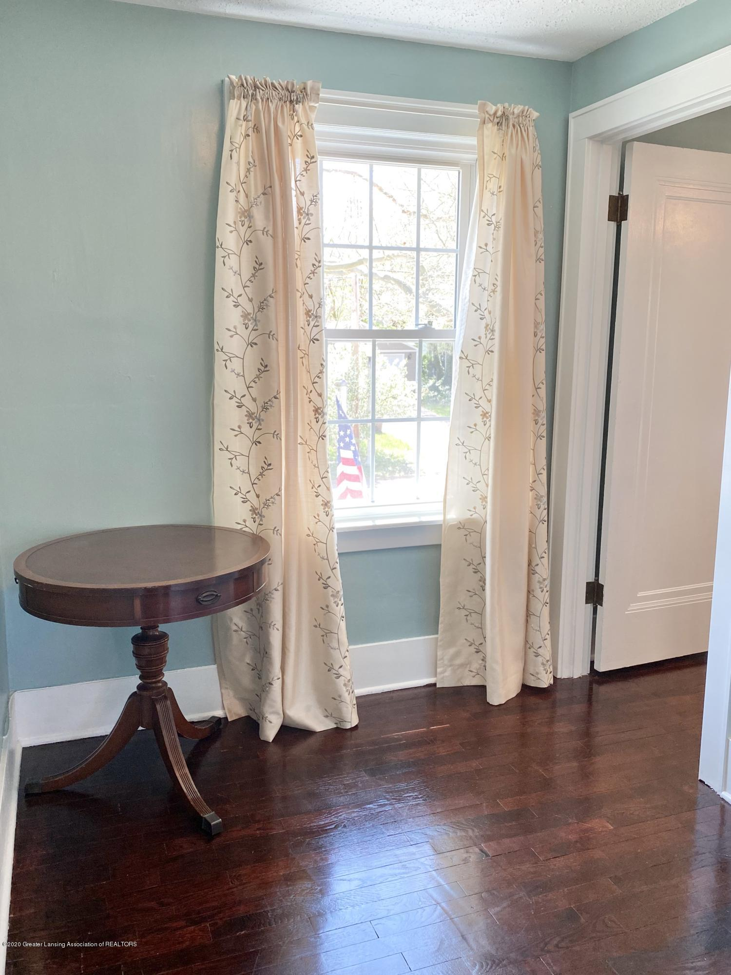 1313 Prospect St - Sitting Room - 23