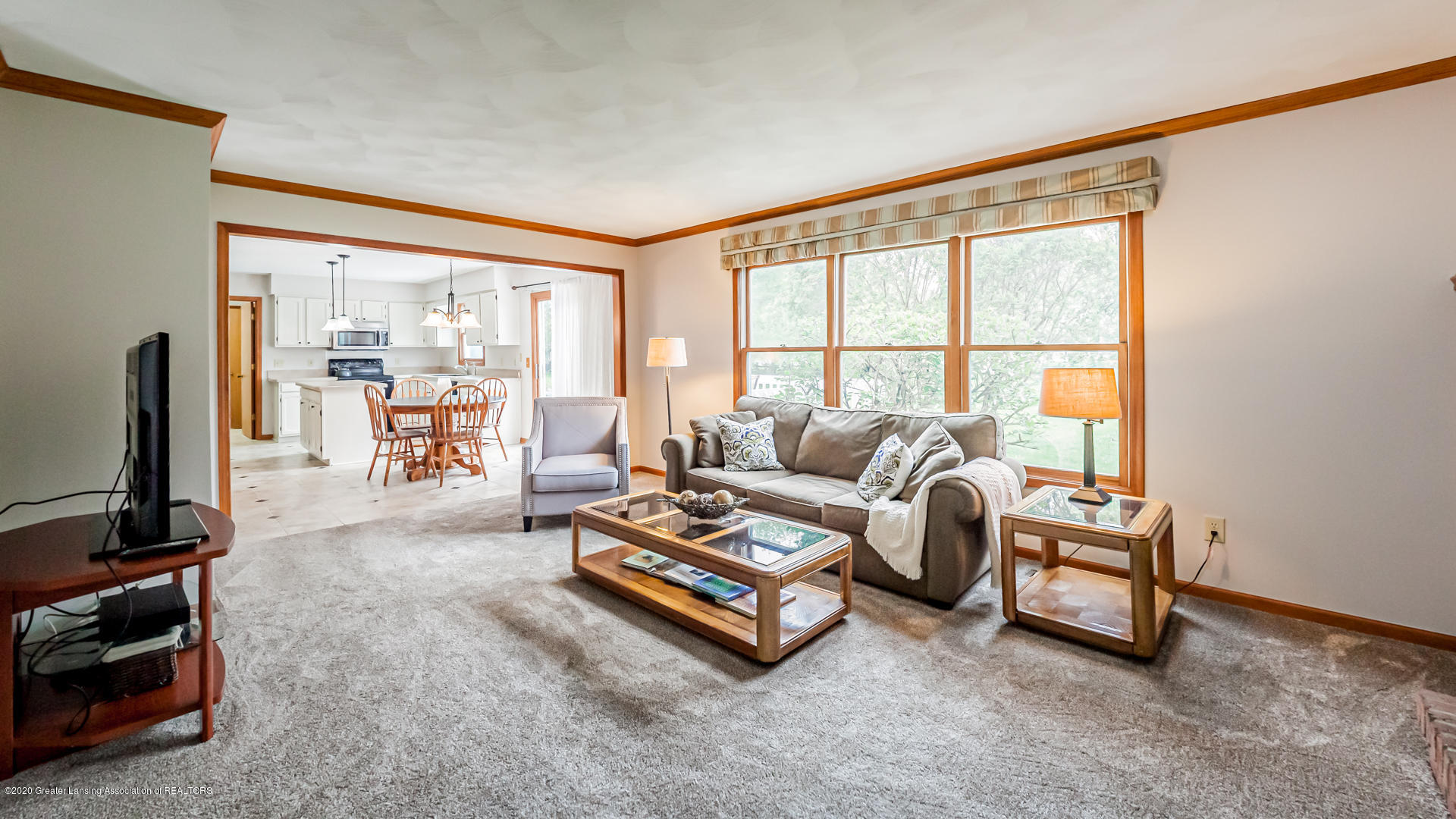 4459 Hickorywood Dr - Living Room - 6