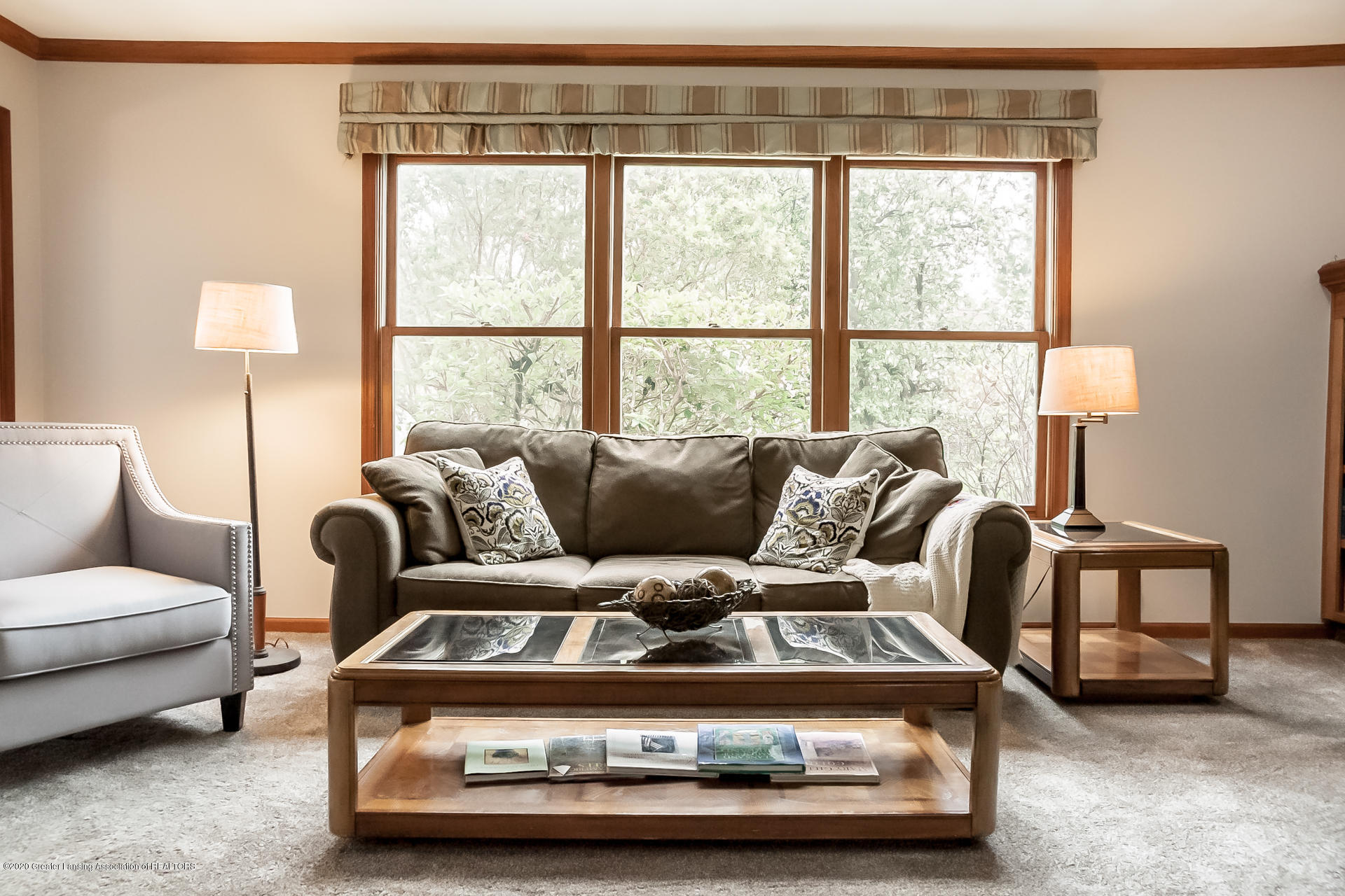 4459 Hickorywood Dr - Living Room - 7