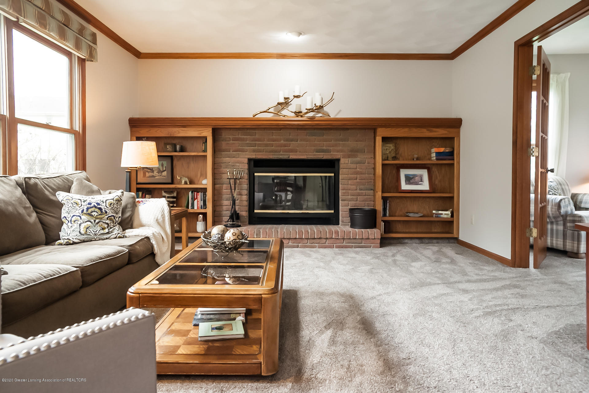 4459 Hickorywood Dr - Living Room - 8