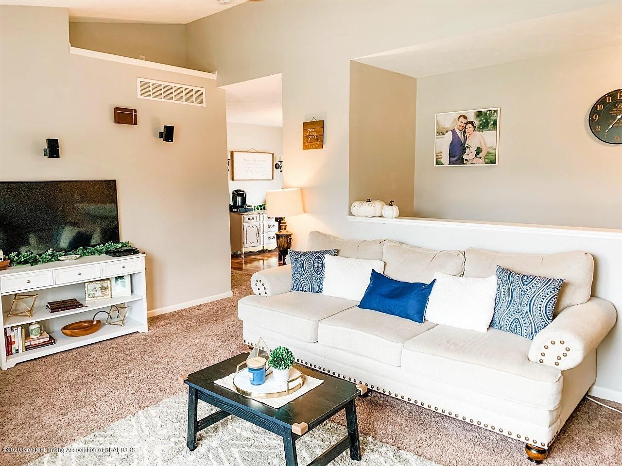 6820 Delta River Dr - Living Room w/furniture - 6