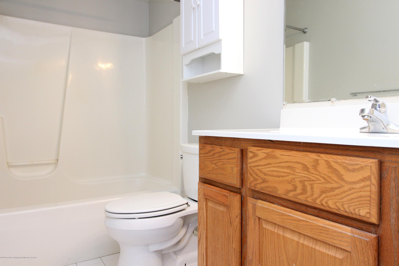 6820 Delta River Dr - 1st Floor Bathroom - 21