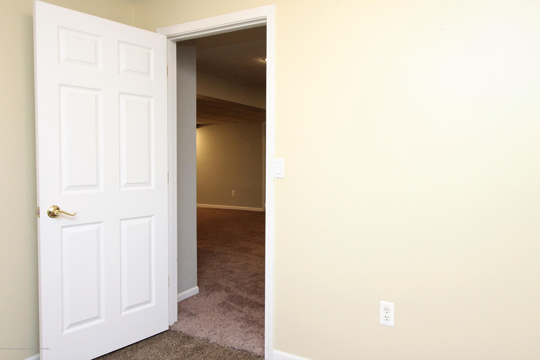 6820 Delta River Dr - 3rd Bedroom empty - 35