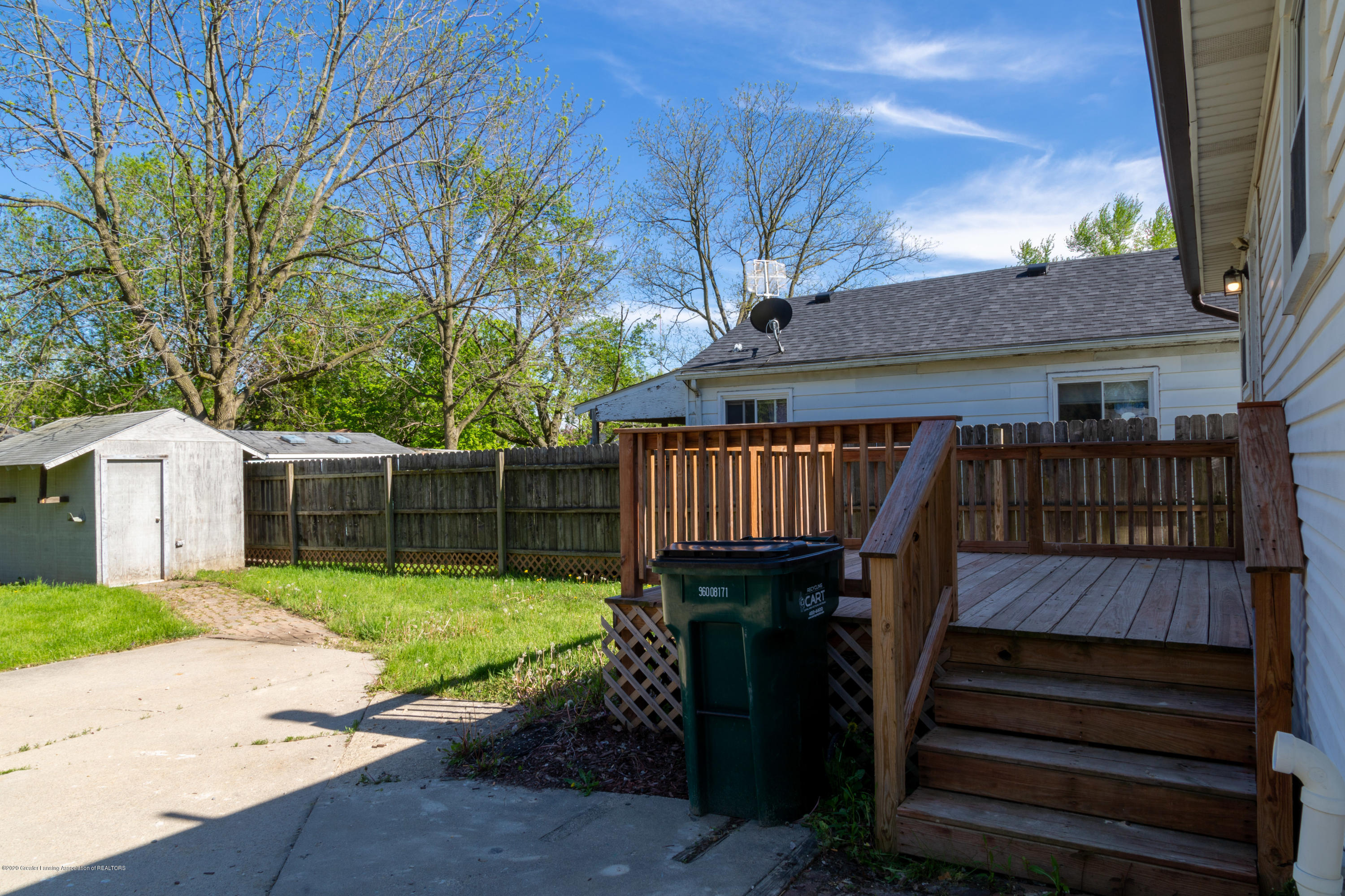 3623 Burchfield Dr - 20200520-942A6607-HDR - 24