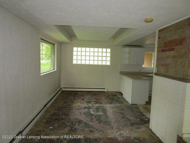 906 Maycroft Rd - dining room - 9