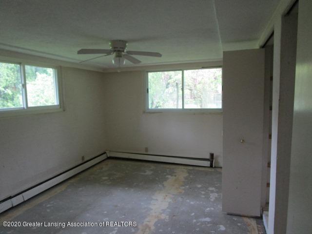 906 Maycroft Rd - bed 2 - 12