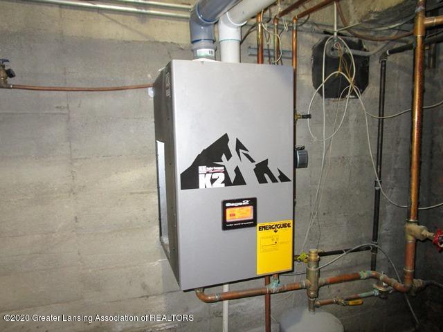 906 Maycroft Rd - boiler - 15