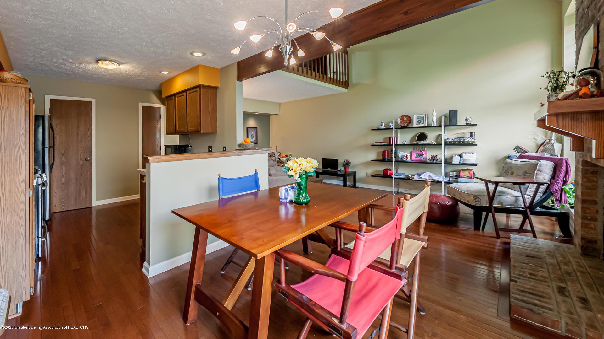 1750 Whitegate Ln 19 - Dining Area - 6