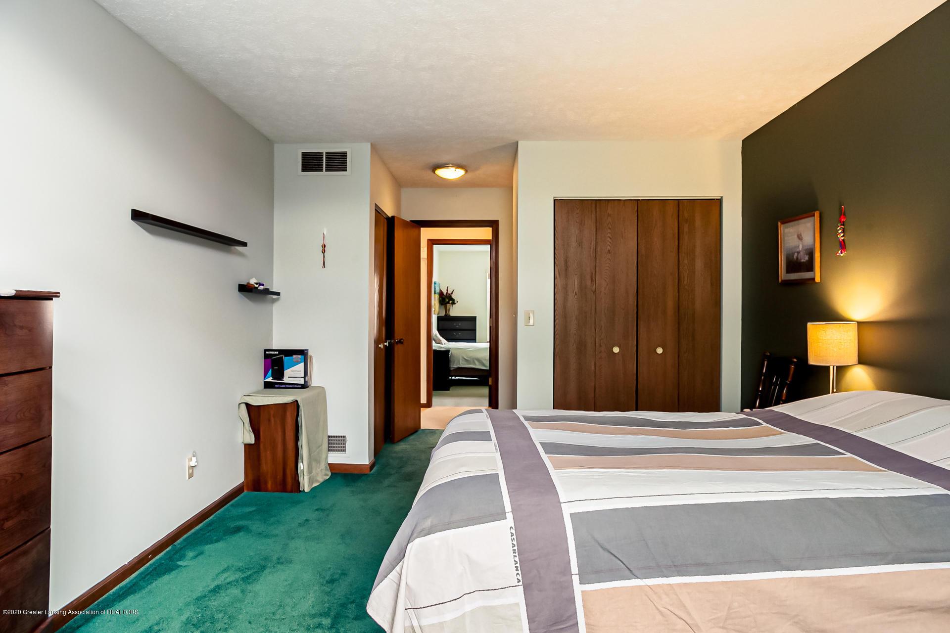 1750 Whitegate Ln 19 - Bedroom - 15