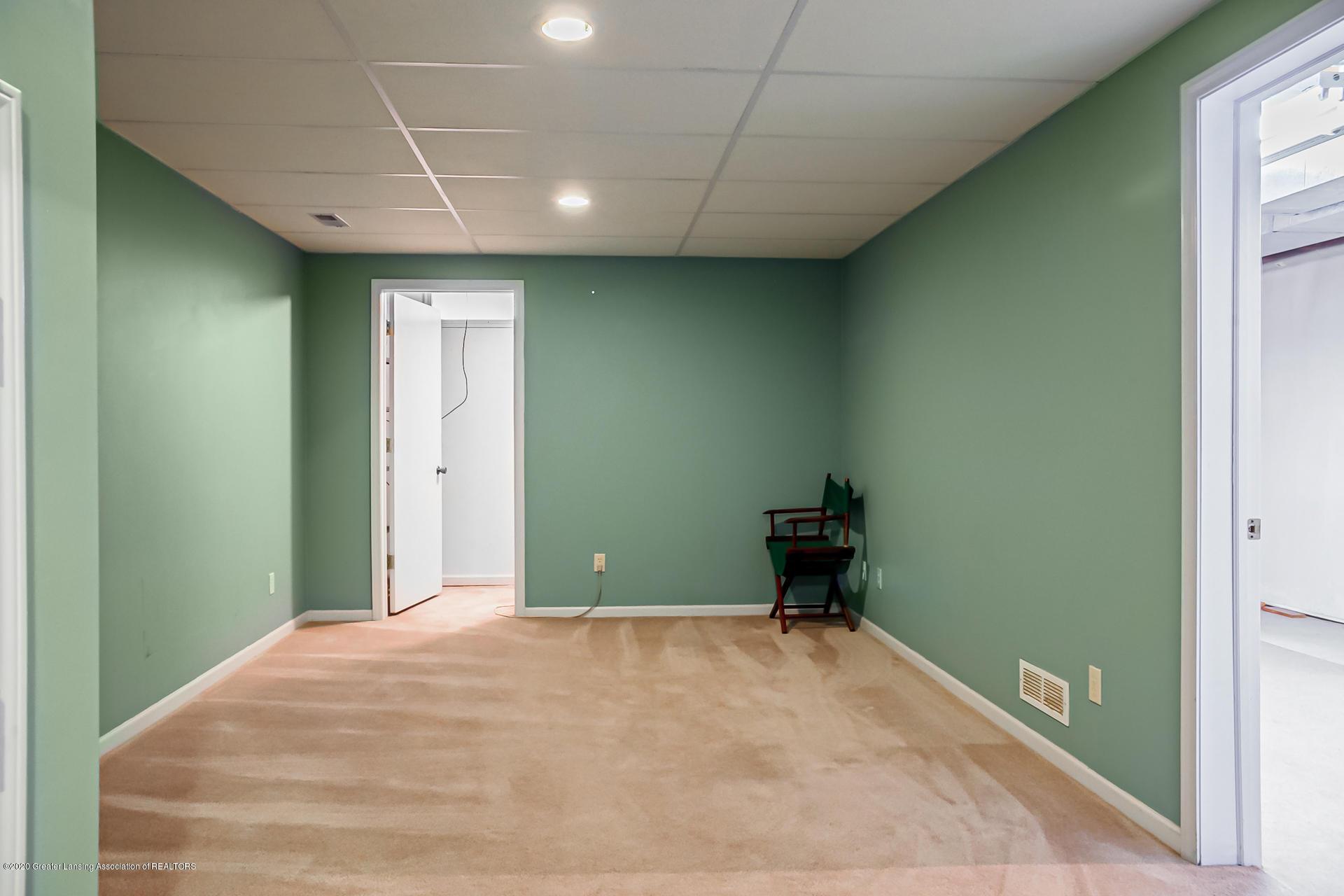 1750 Whitegate Ln 19 - Bedroom - 20