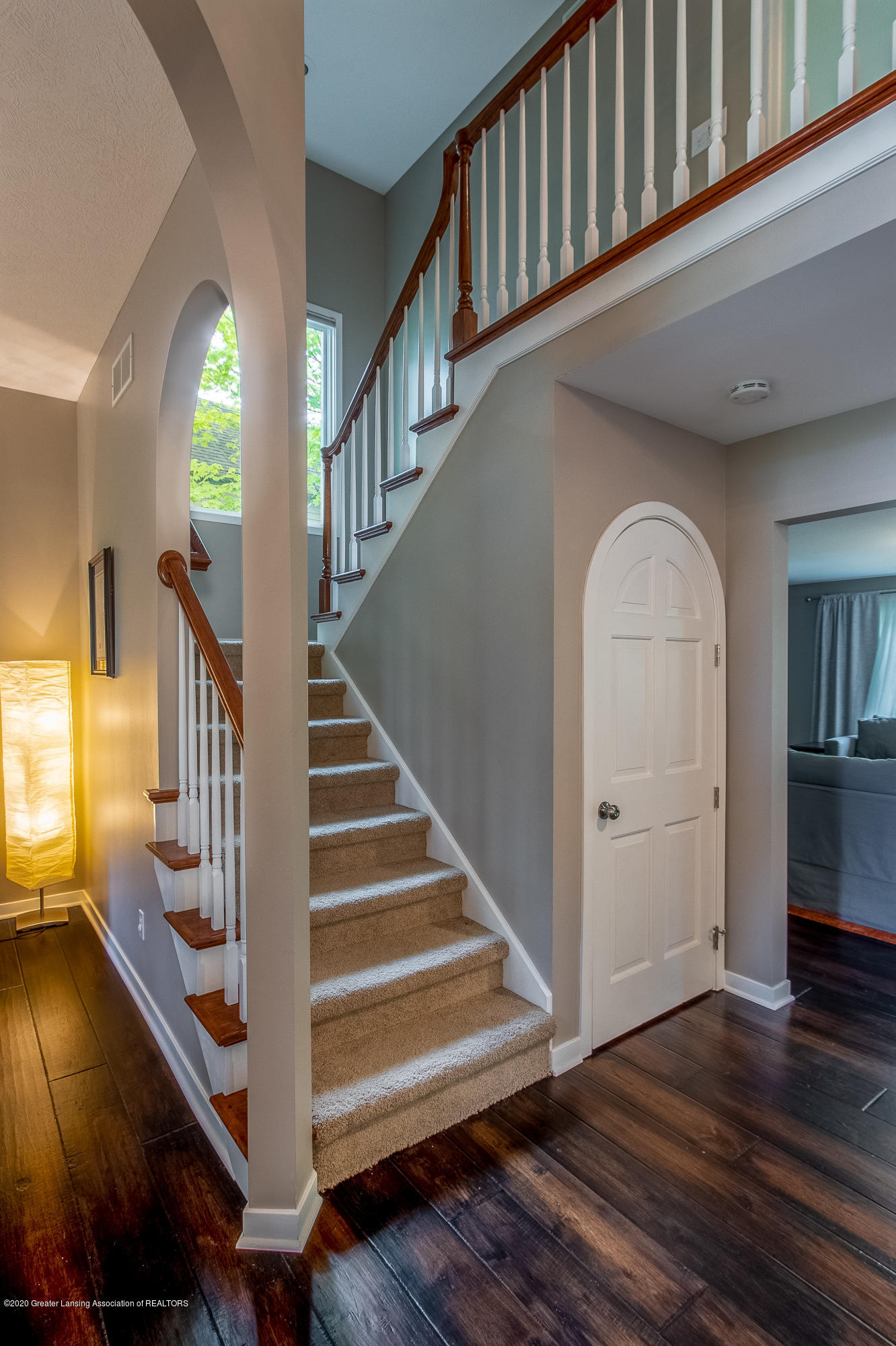 3668 Fairhills Dr - Foyer - 18