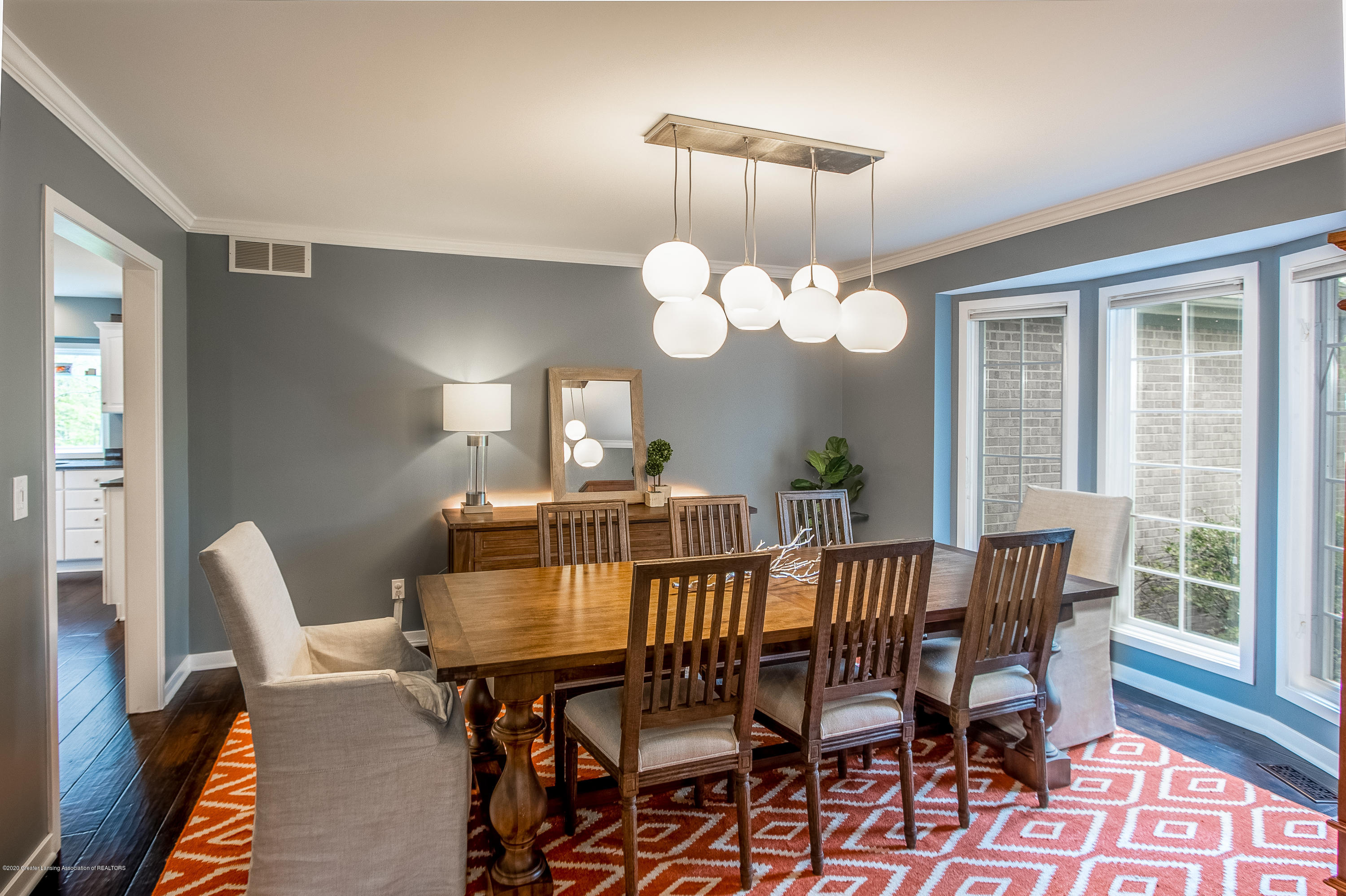 3668 Fairhills Dr - Dining Room - 23