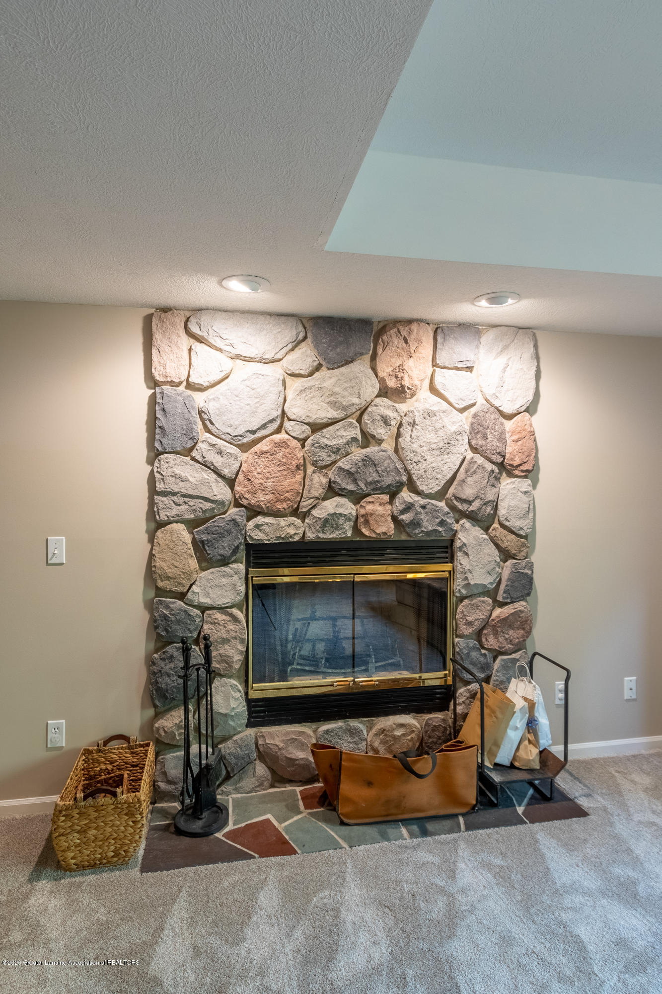 3668 Fairhills Dr - Fireplace Lower Level - 73