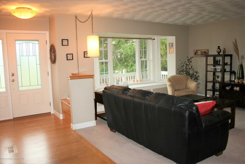 2805 Lamoreaux Ln - Living room - 5