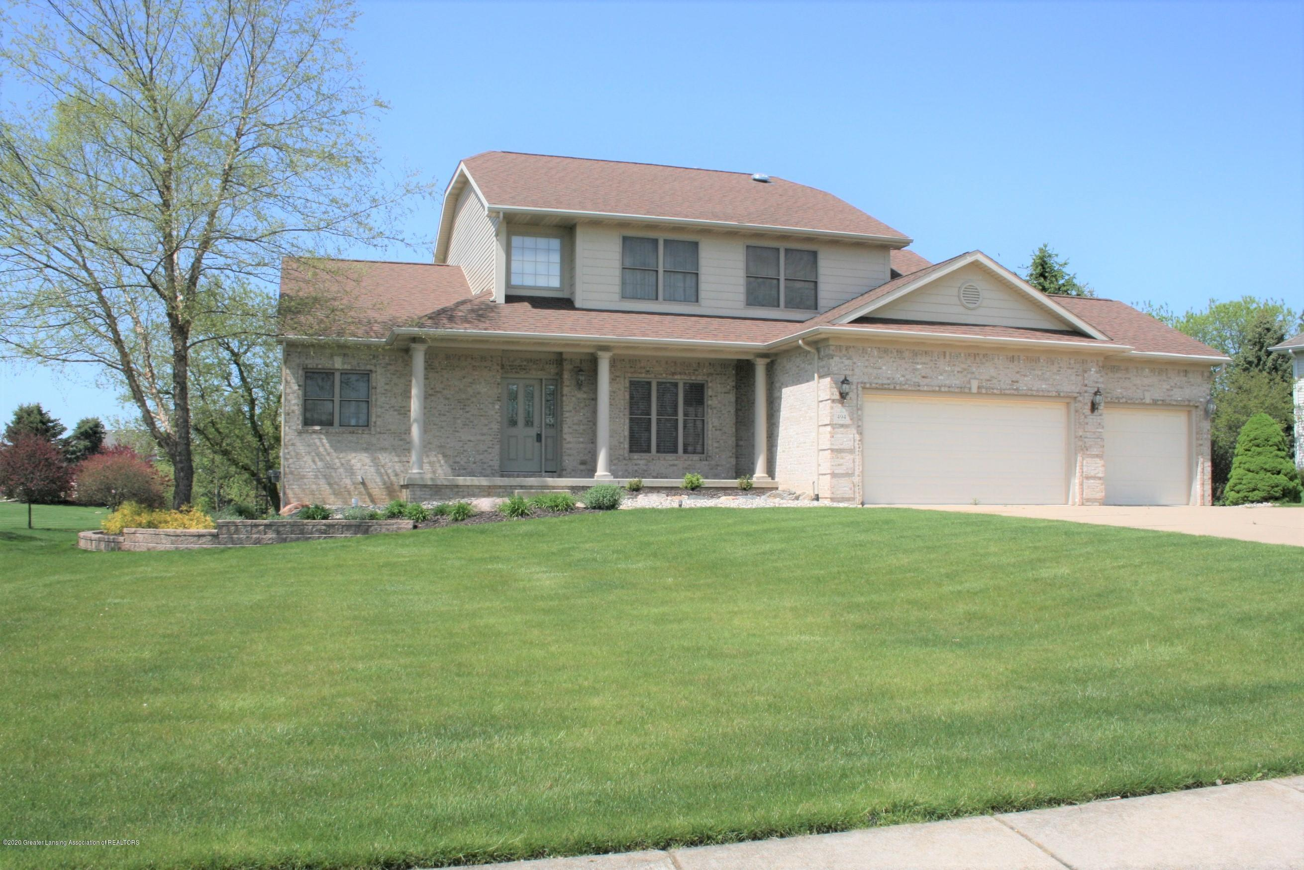 494 Riverwalk Dr - Welcome home - 1