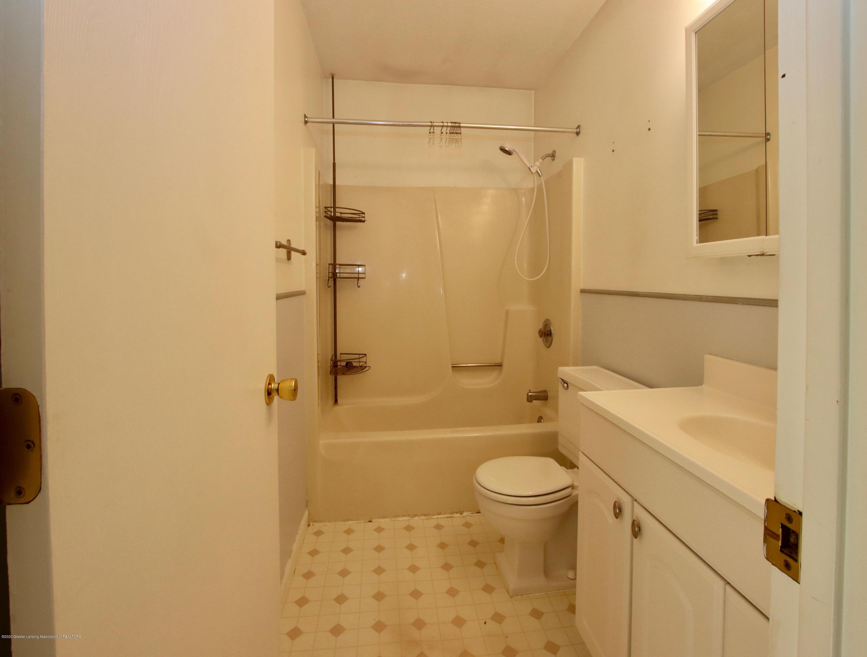 552 Armstrong Rd - bathroom2 - 6