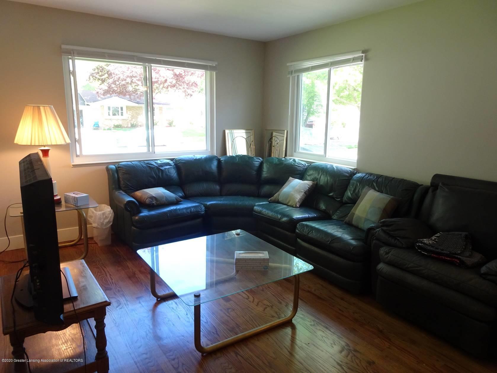 1939 Hamilton St - Living Room - 2