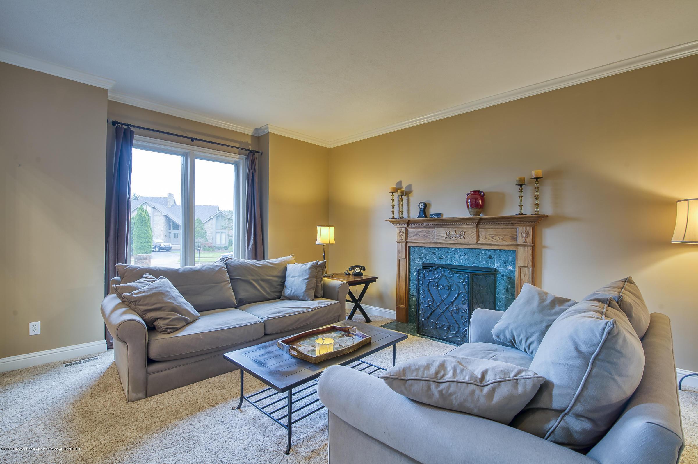 6211 Whitehills Lake Dr - LIVING ROOM - 6