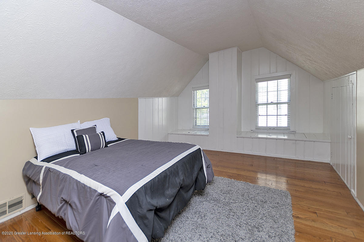 819 Huntington Rd - Third Bedroom - 16