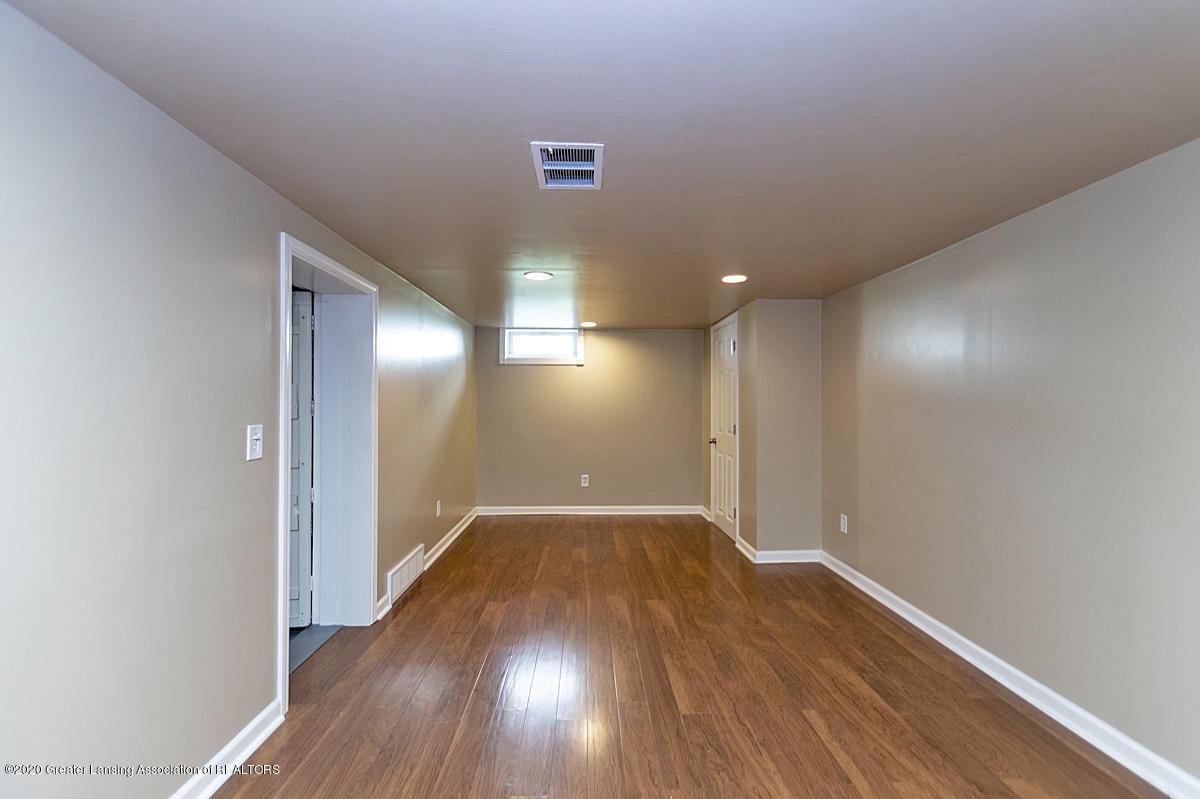 819 Huntington Rd - LL Family Room - 20