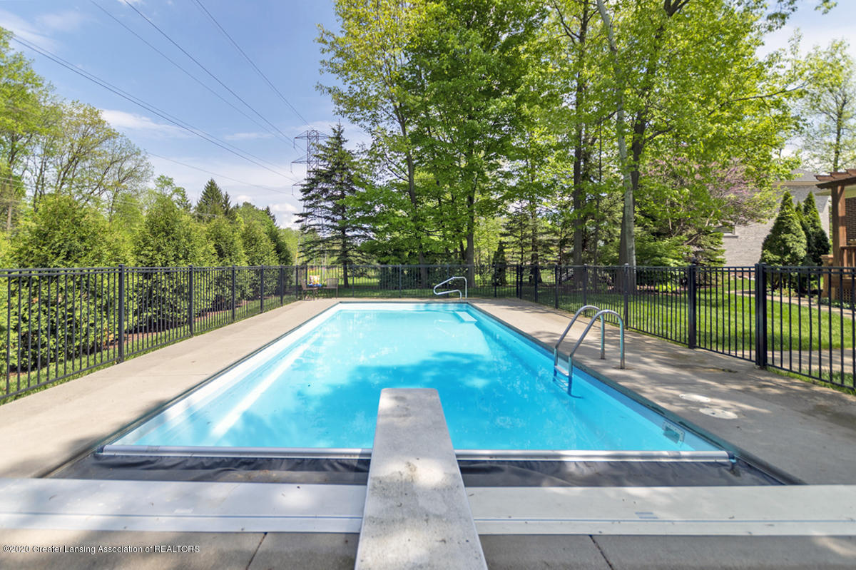 1984 Belwood Dr - POOL WITH AUTOMATIC COVER - 43