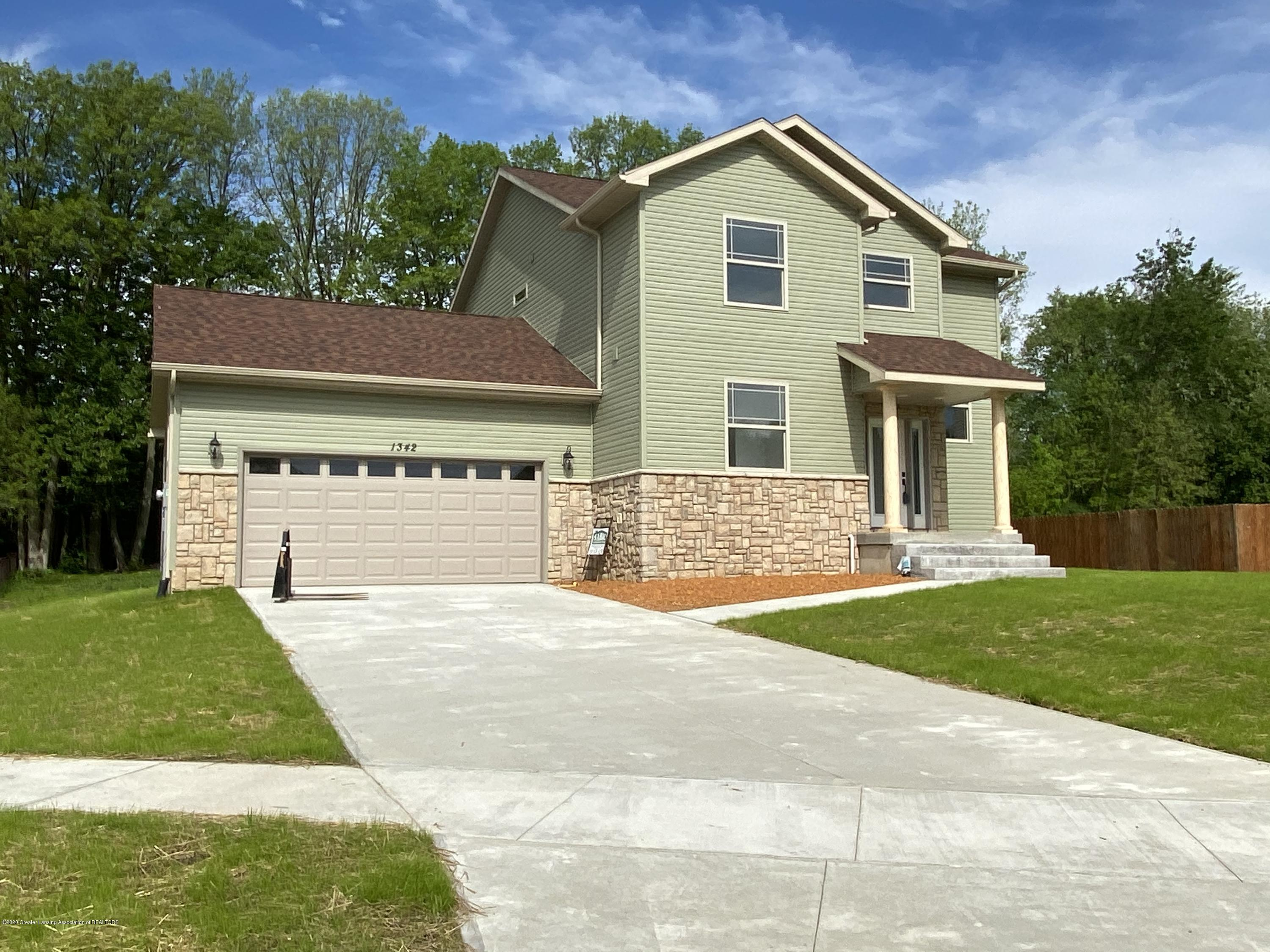 1342 Sweet Grass Dr - IMG-0033 - 1