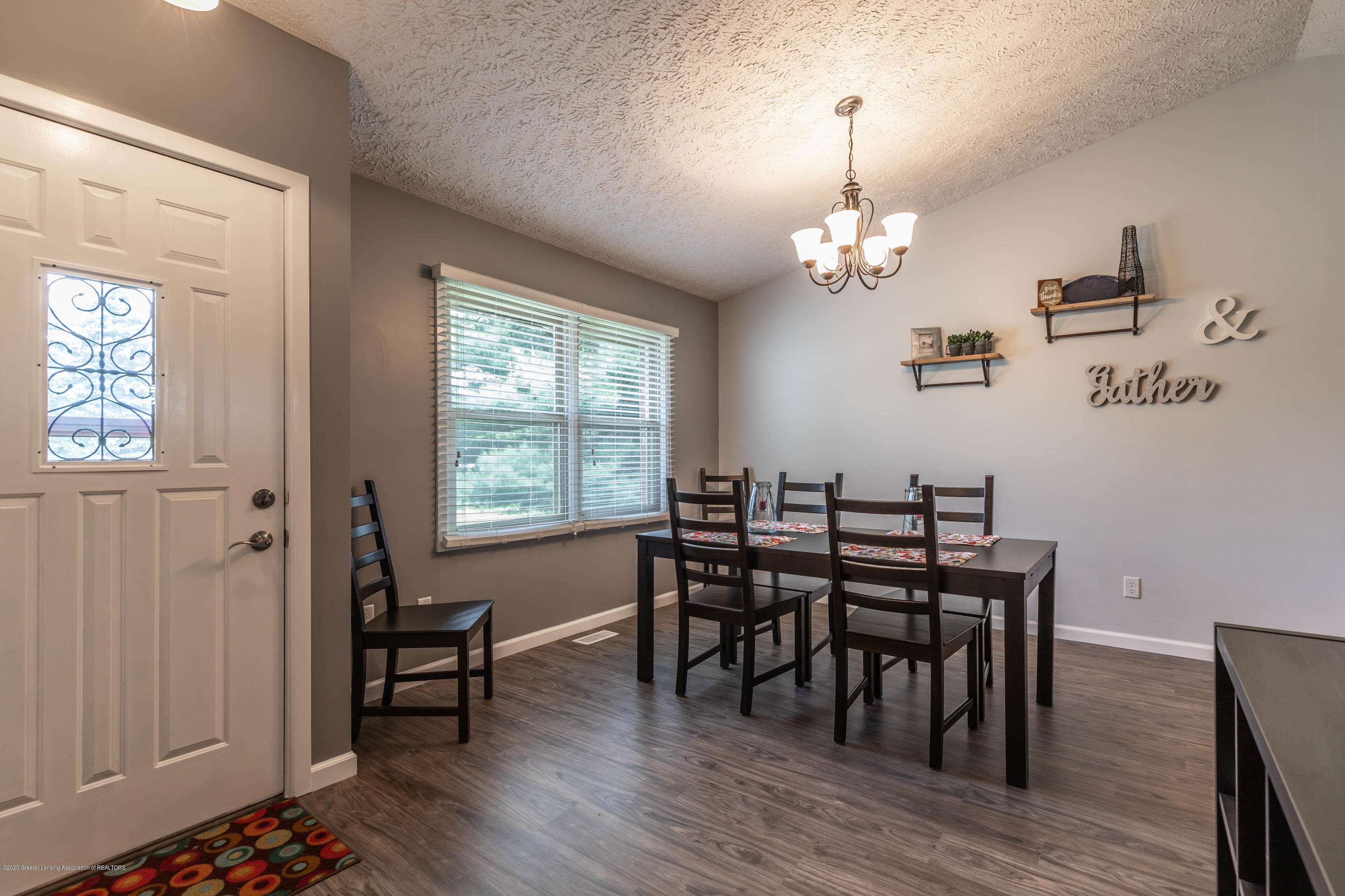 13532 Turner Rd - Dining Room - 2